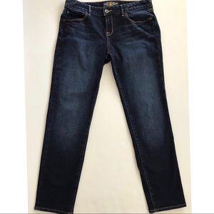 Lucky Brand Lolita Skinny Jeans.    8/29